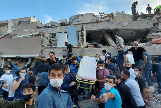 Землетрясение в Турции: число жертв и пострадавших возросло