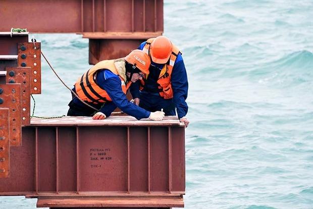 Миротворец взял на карандаш строителей Керченского моста