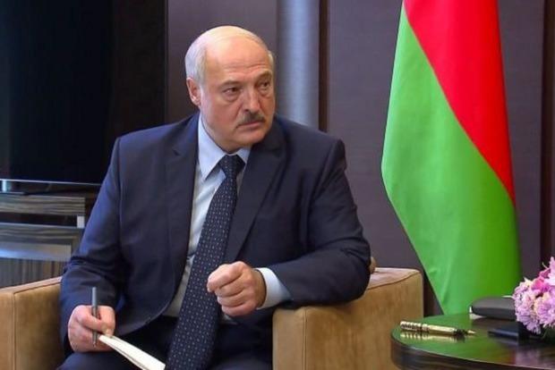 Лукашенко заявил, что отдал приказ о разгоне протестующих в воскресенье