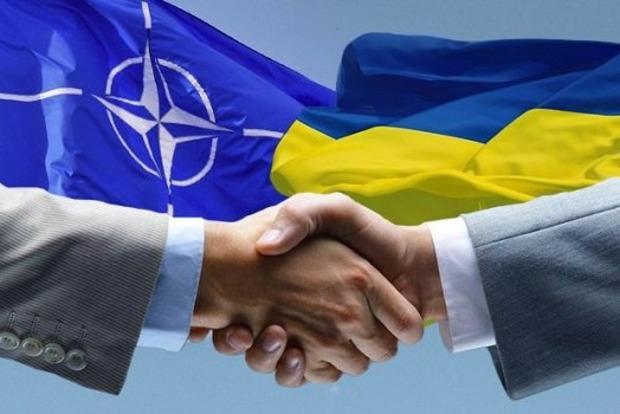 Столтенберг: Вопрос вступления Украины в НАТО будет зависеть от результатов реформ