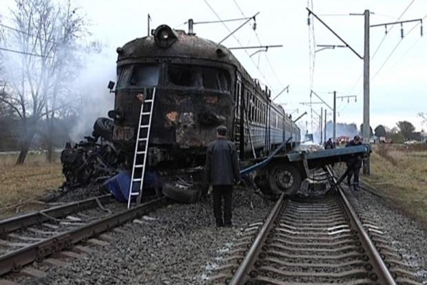 В Швеции поезд с пассажирами влетел в бронетранспортер
