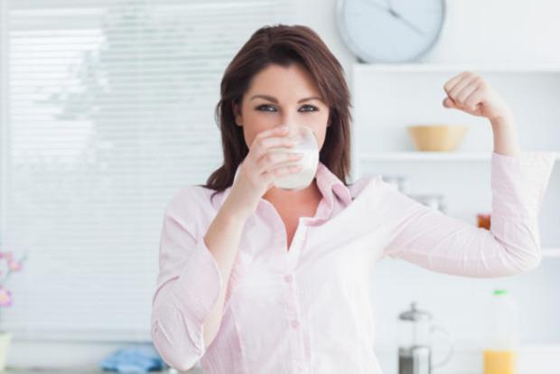 Дієтологи пояснили, чому не можна вживати знежирені молочні продукти