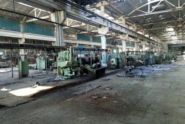 В Луганске разграбили некогда градообразующее предприятие