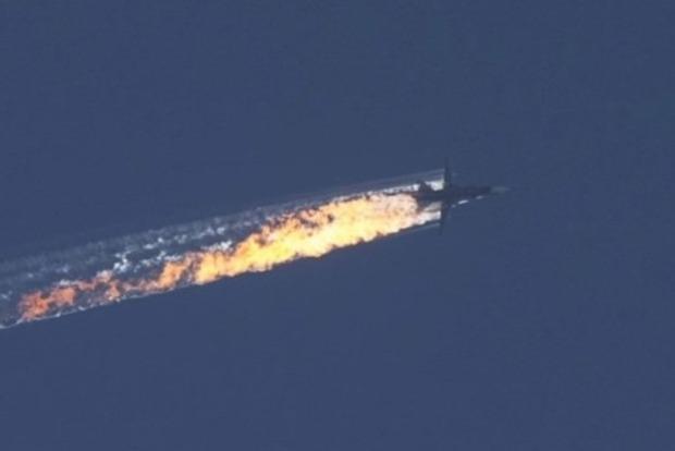 В Турции заявляют, что к границе приблизилось два военных самолета