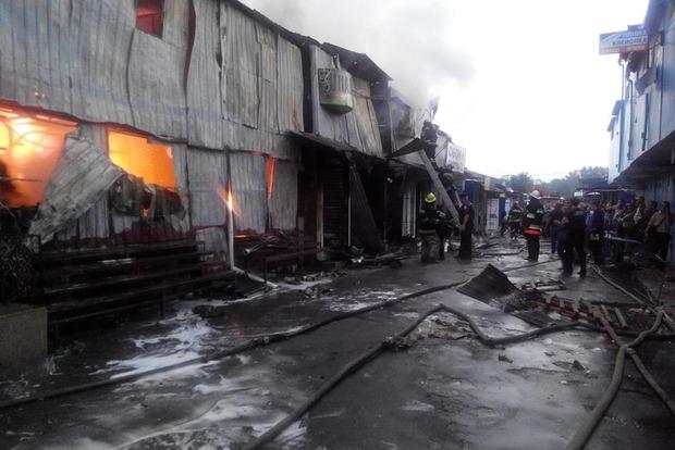 В Каменец-Подольском при тушении пожара пострадал спасатель