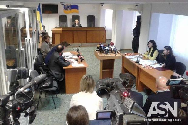 Суд решил избирать меру пресечения сыну нардепа Попова в закрытом режиме