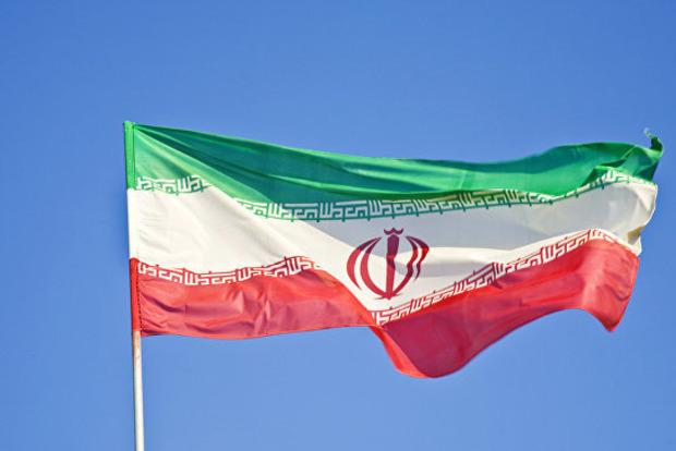 Иран заявил о возможности ракетного удара по базам США