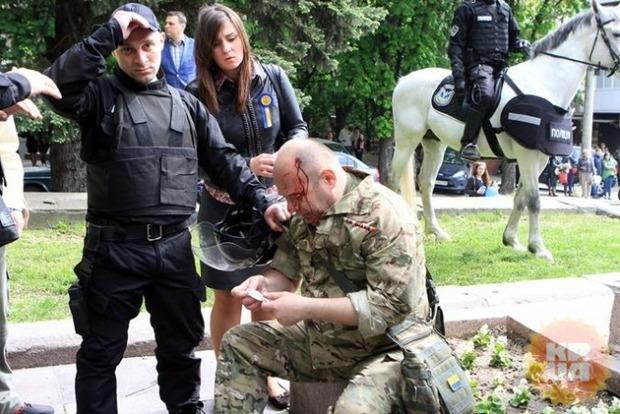 Луценко: «Титушек», побивших АТОвцев в Днипре, привлекут к уголовной ответственности