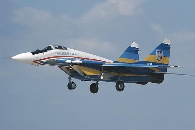 Инцидент с украинским истребителем: у самолета отказало шасси