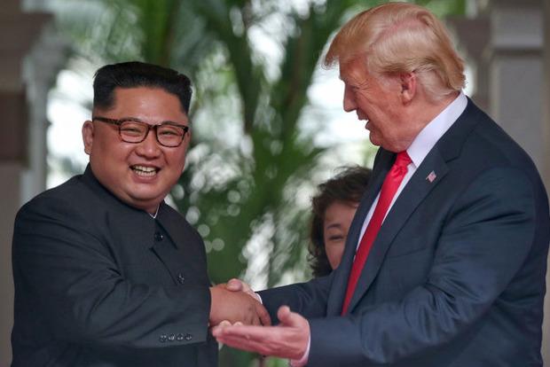 Положительный пиар без смысла: политолог прокомментировал историческую встречу Ким Чен Ына и Трампа
