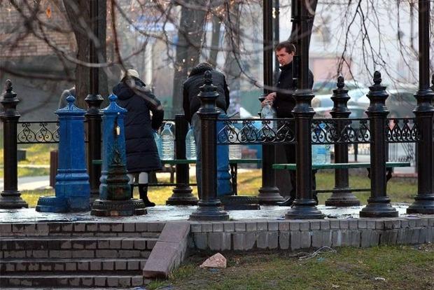 В двух районах Киева пробьют новые артезианские скважины