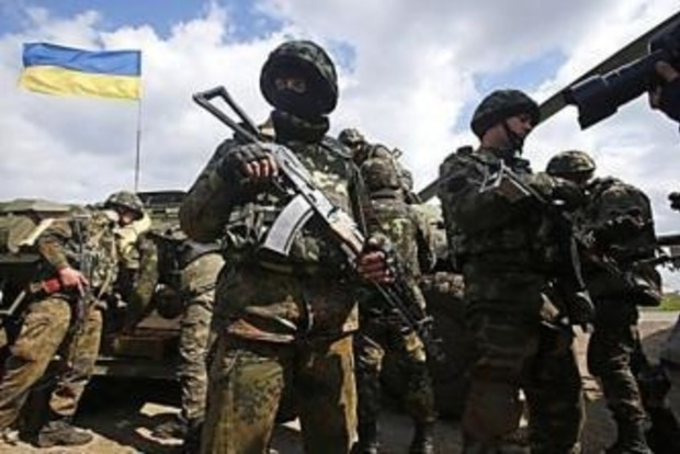 Штаб АТО: В результате вражеских обстрелов ранены два бойца ВСУ