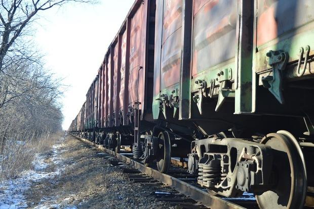 В Луцке 16-летняя девушка погибла под колесами поезда из-за наушников