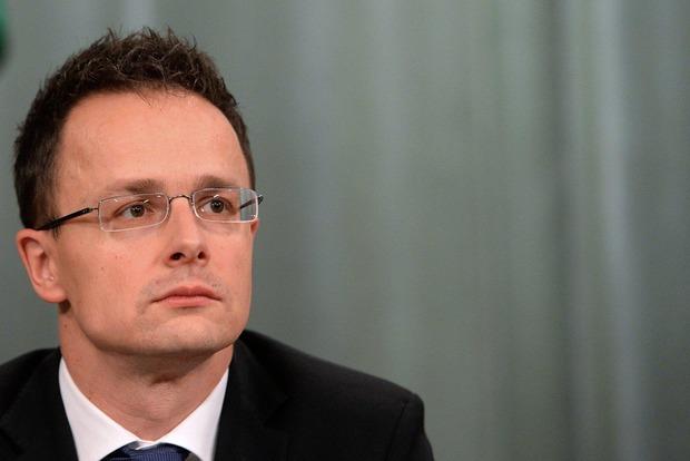 Венгрия не будет снимать вето с заседаний по НАТО, но не против Климкина