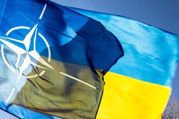 Порошенко пропишет в Конституцию Украины вступление в ЕС и НАТО