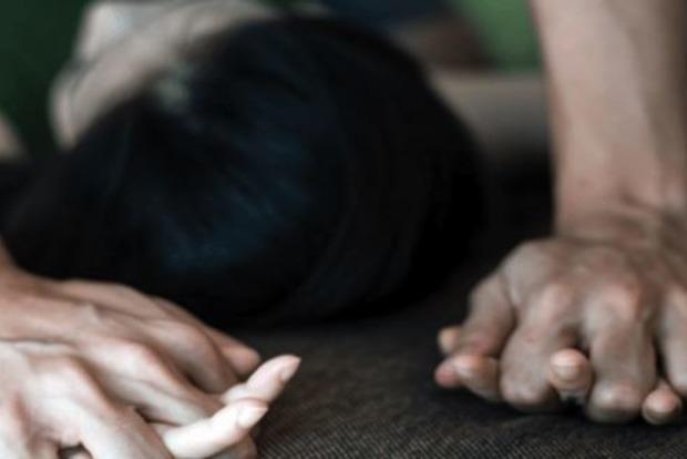 В ночном клубе изнасиловали 13-летнюю девушку