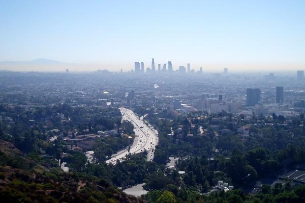 В Лос-Анджелесе из-за угрозы теракта закрыли все школы