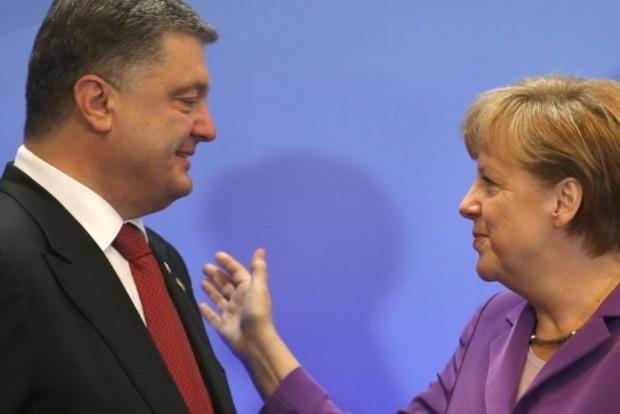 Порошенко и Меркель отметили приоритетность выполнения Минских соглашений