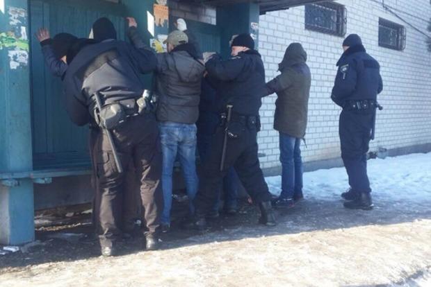 Полицейские в Житомирской области задержали банду, похитившую человека