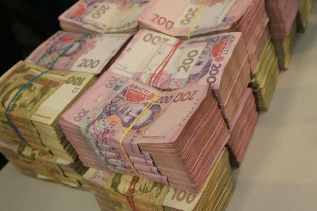В день Генпрокуратура возвращала в бюджет Украины 142 млн грн – Луценко