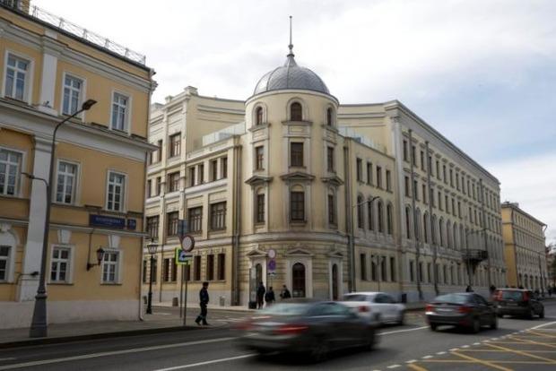 Экс-жена Путина получает миллионы долларов от сдачи в аренду исторического здания в Москве – Reuters