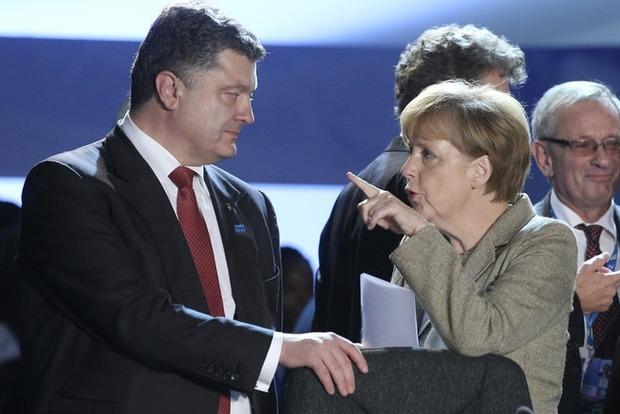 Меркель рассказала Порошенко, что делает Германия ля предоставления украинцам безвизового режима
