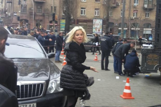 Максакова упала в обморок, приехав на место убийства своего мужа