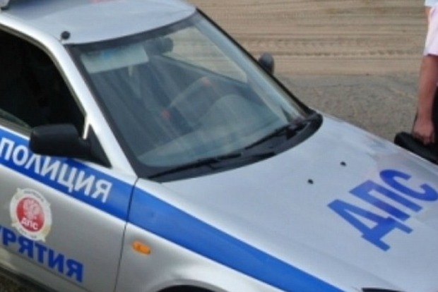 На параде 9 мая в Бурятии депутат на автомобиле сбил сотрудника ДПС