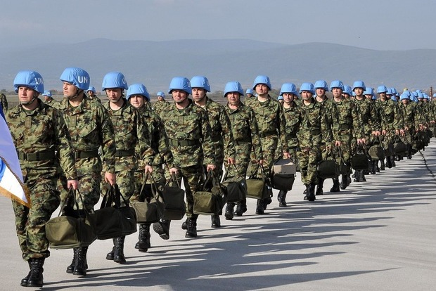 Порошенко надеется на поддержку инициативы Украины по миротворцам ООН на Донбассе