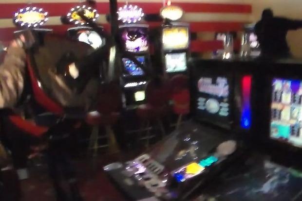 Эксперт: Закрытие подпольных казино - имитация борьбы и передел рынка