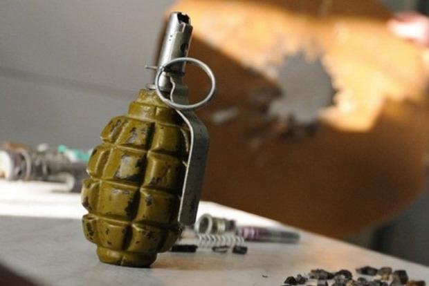 В результате взрыва гранаты в Харькове погиб молодой парень