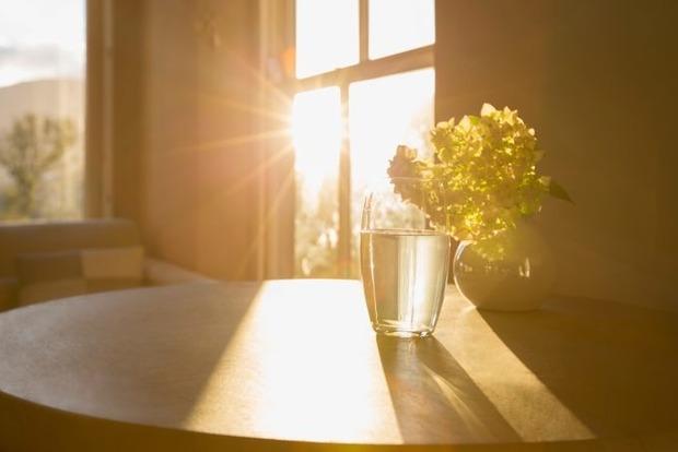 Вода с солью и уксусом очистит дом от негативной энергии