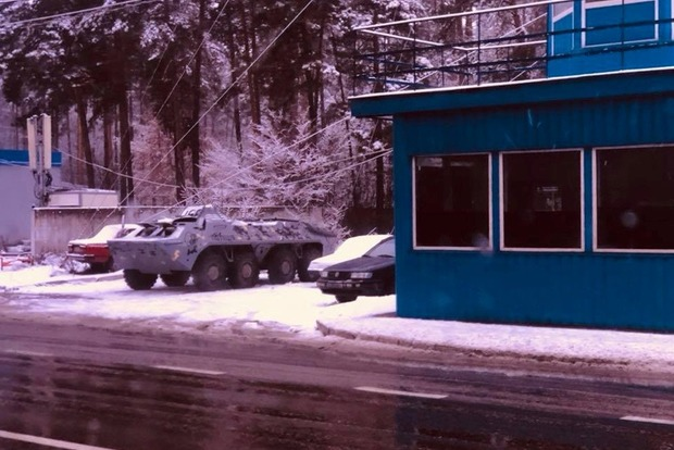 БТР на подъезде к Киеву. В чем причина паники?