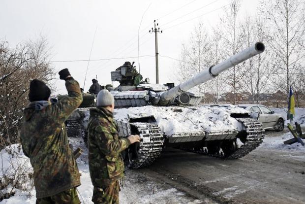 Боевики 10 раз обстреляли позиции сил АТО в среду - штаб АТО