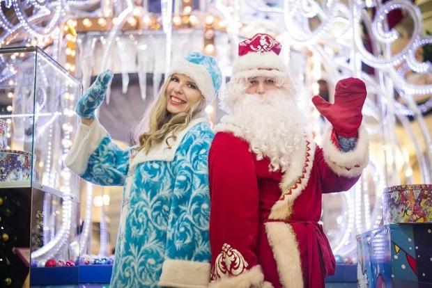 Психолог пояснила, почему Деда Мороза и Снегурочку не стоит показывать детям до 5 лет