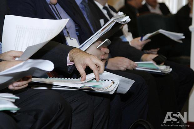 Загод заработная плата  украинцев увеличилась  на19,9%