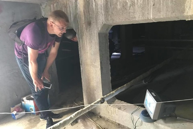 Нікуди сходити: Київводоканал вперше перекрив каналізацію злісному боржнику