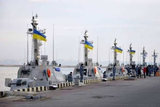 Порошенко: Украинская армия свергла вКрыму большевиков