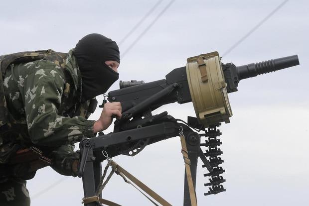За сутки боевики более 70 раз обстреляли позиции сил АТО