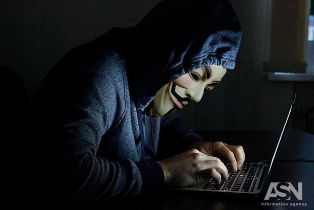 СБУ остановила распространение в Украине вируса-шифровальщика