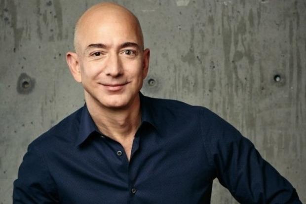 «Черная пятница». Состояние создателя Amazon выросло до $100 млрд