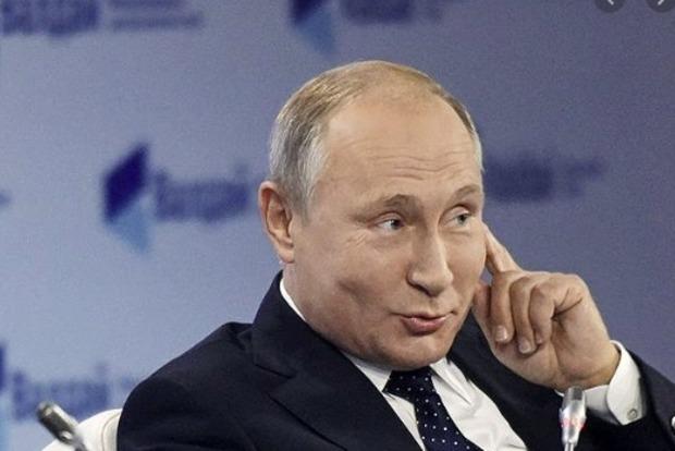 67 летний Путин  не исключает, что будет баллотироваться на новый срок. Кто то сомневается?