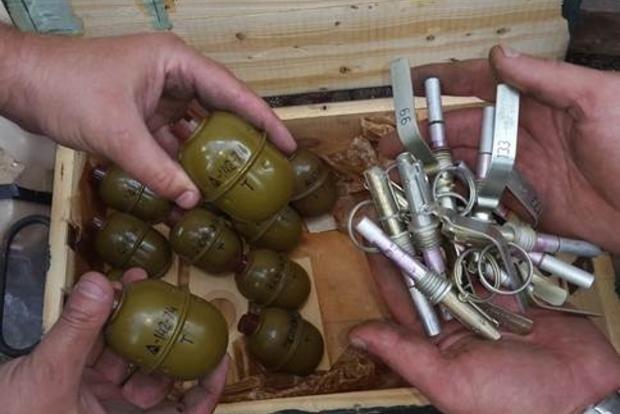 На Луганщине на ферме нашли мины и гранаты