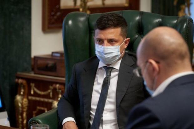 Зеленскому доложили о возможных 50 смертях в день от коронавируса