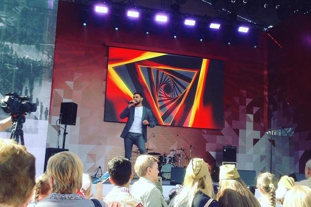 Виталий Козловский выступил в столице России наконцерте к9мая