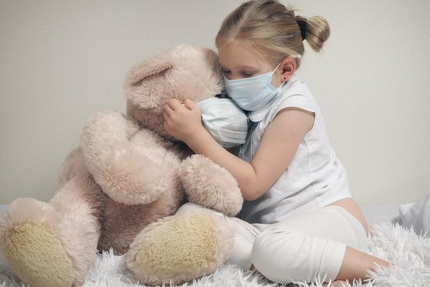 Врач поделился наблюдениями особенностей COVID-19 у детей и назвал группы риска