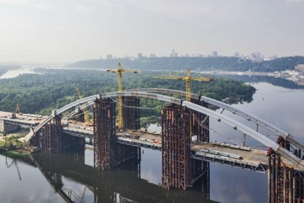 Подольский мост сделают платным для гостей Киева