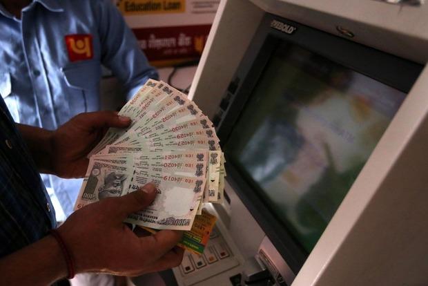 В Индии женщина обнаружила на своем счету почти $15 млн