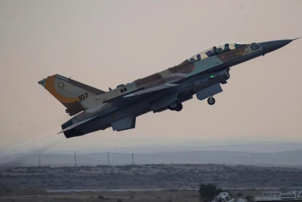 Израиль разбомбил сирийский завод, связанный с программой по производству химического оружия
