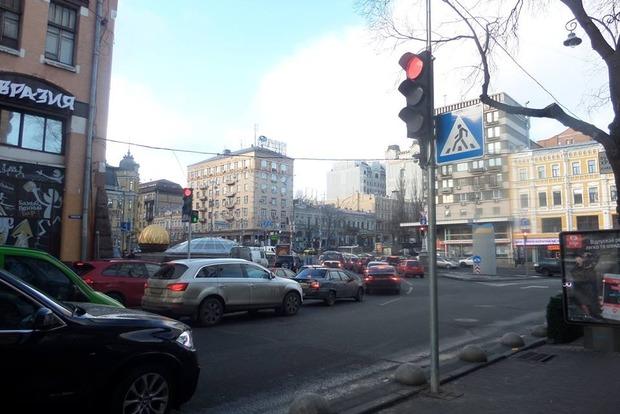 В центре Киева оборудовали новые регулируемые пешеходные переходы